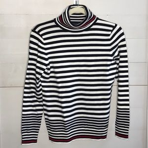 NWT Tommy Hilfiger Long Sleeve Turtle Neck